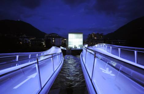 museion_by_night