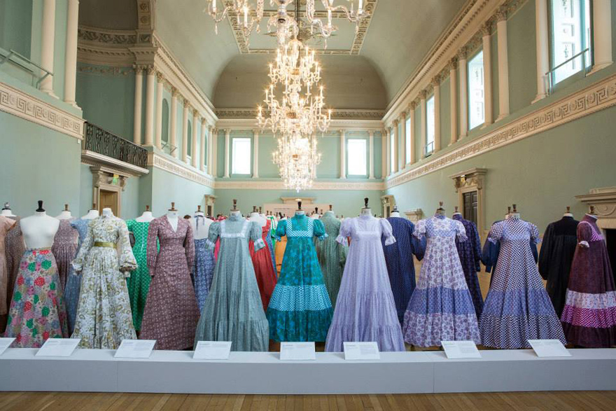 Museums fashion eve museology - Laura ashley madrid ...