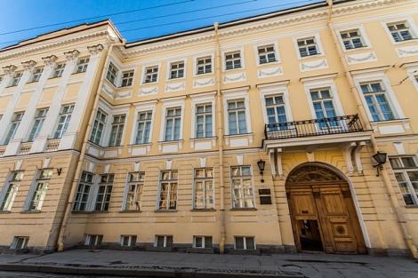 pushkin-apartment-museum-in-st-petersburg
