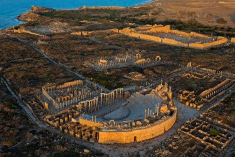 02-leptis-magna-ancient-city-670