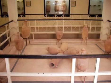 janzur-museum-jars