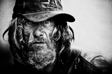 homeless-black-and-white-portraits-lee-jeffries-2