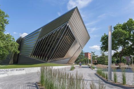 broad-museum-construction2